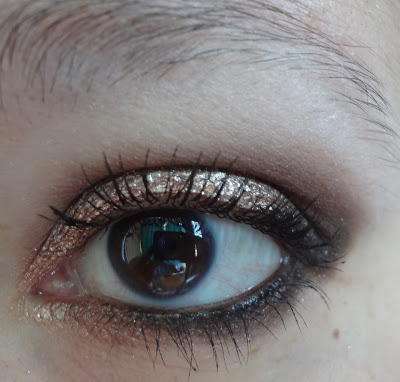 Make Up bronzo dorato con Astra e Sleek