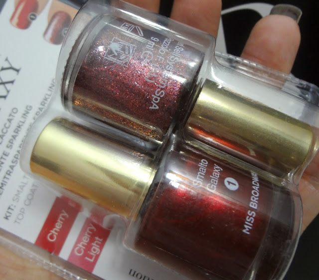 Nail Galaxy Kit Cherry e Cherry Light di Miss Broadway