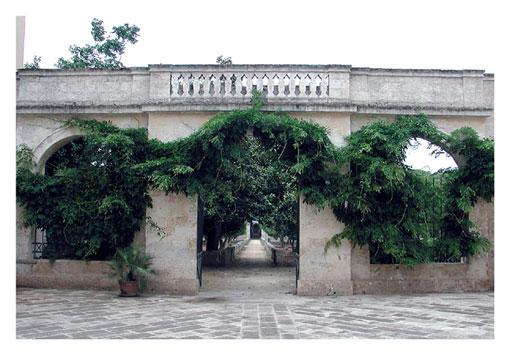 Basso Salento Tiggiano palazzo baronale
