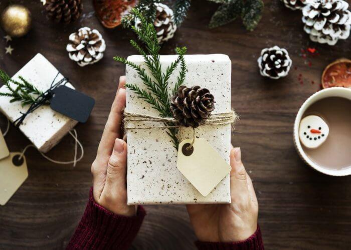 Cofanetti Institut Esthederm Natale