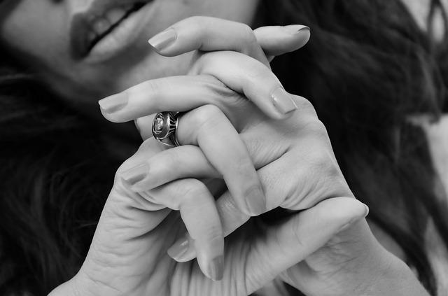 unghie sane donna