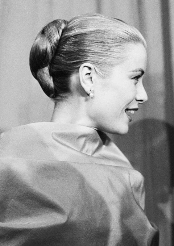 Acconciature anni '50: Grace Kelly