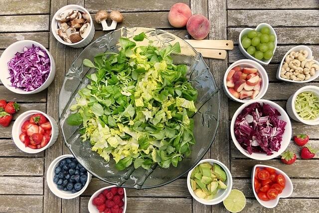 insalata cibo sano